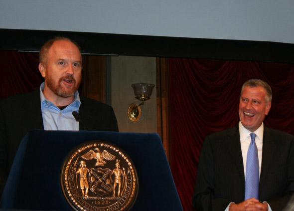 Made in NY Award Honoree Louis CK with New York City Mayor Bill de Blasio